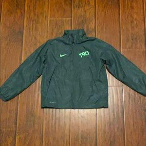 Nike boys storm fit jacket size XS water resistant